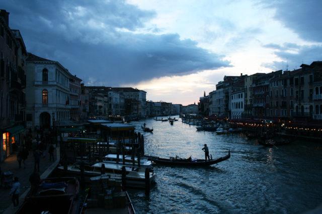 Free stock photos of [Venice gondola and sunset]